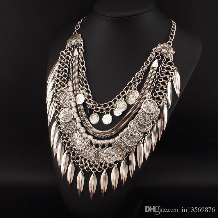 Les dames de la femelle des femmes de luxe punks collier ExaggeratedMetal frangée multi-couches collier suspendu feuille pièce collier clavicule