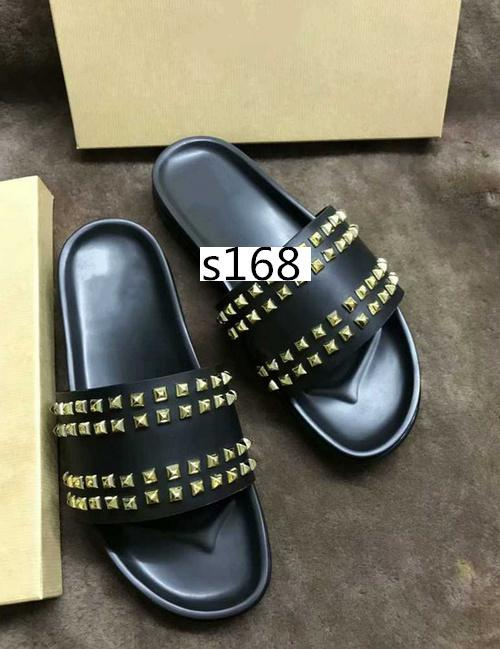 Горячие продажи Донна шипованные плоские тапочки дизайнерские роскошные красные низы обувь мужчины заклепки шипы плоские тапочки с коробками