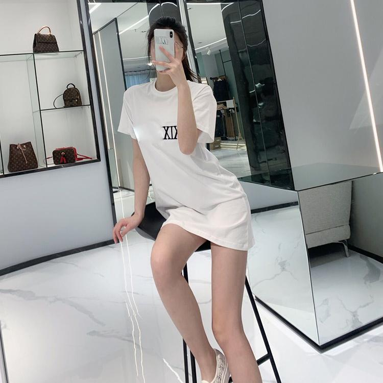 Yüksek kaliteli nakış mektup tasarımcı etek kadın lüks giyim tişört kısa kollu Punk hip hop Yaz Kaykay Casual Tee tees başında