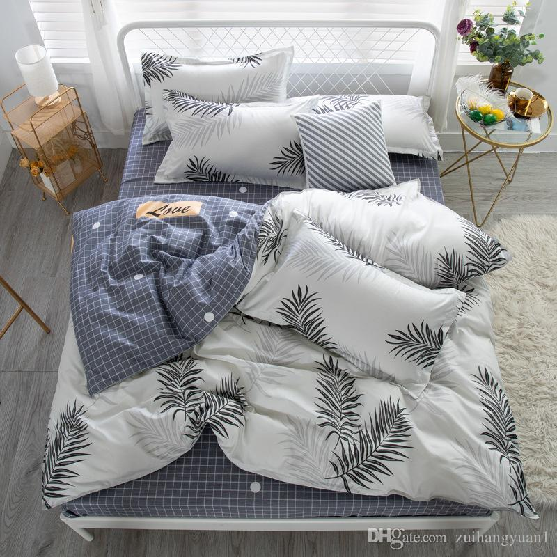 Tasarımcı yatak nevresim takımları Yatak Takımları Lüks Mikrofiber Otel Nefes Yumuşak Kırışıklık Ücretsiz Gömme Yatak Comporters Setleri