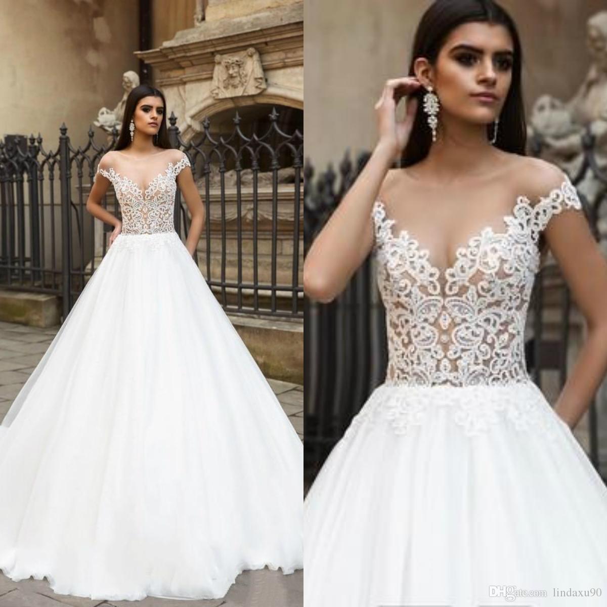 Semplice 2019 Beach Abiti da sposa pura della protezione del collo merletto del manicotto Boho Abiti da sposa sexy sweep treno Plus Size abito da sposa