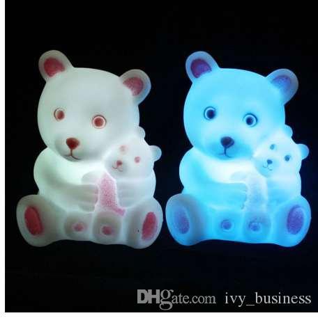 Toy Presente lindo urso LED Noite dos desenhos animados Luz RGB Decoração Noite Lamp bonito aparelho de iluminação Para Kid Crianças Bedroom