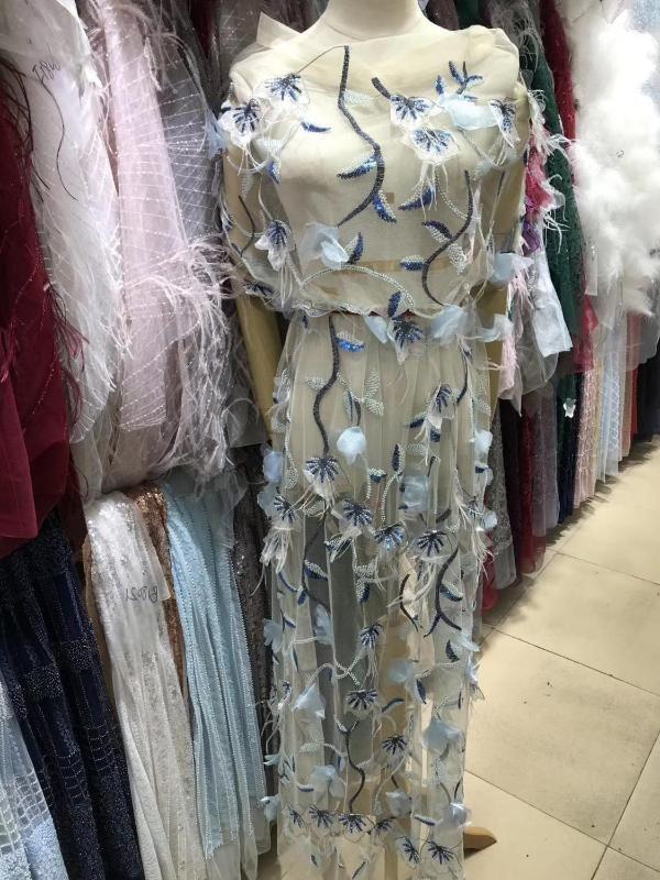 2020 mode Top tissu en dentelle net brodé qualité 3D fleur JOY-22901 perles tissu en dentelle de tulle africain pour la robe de mariée