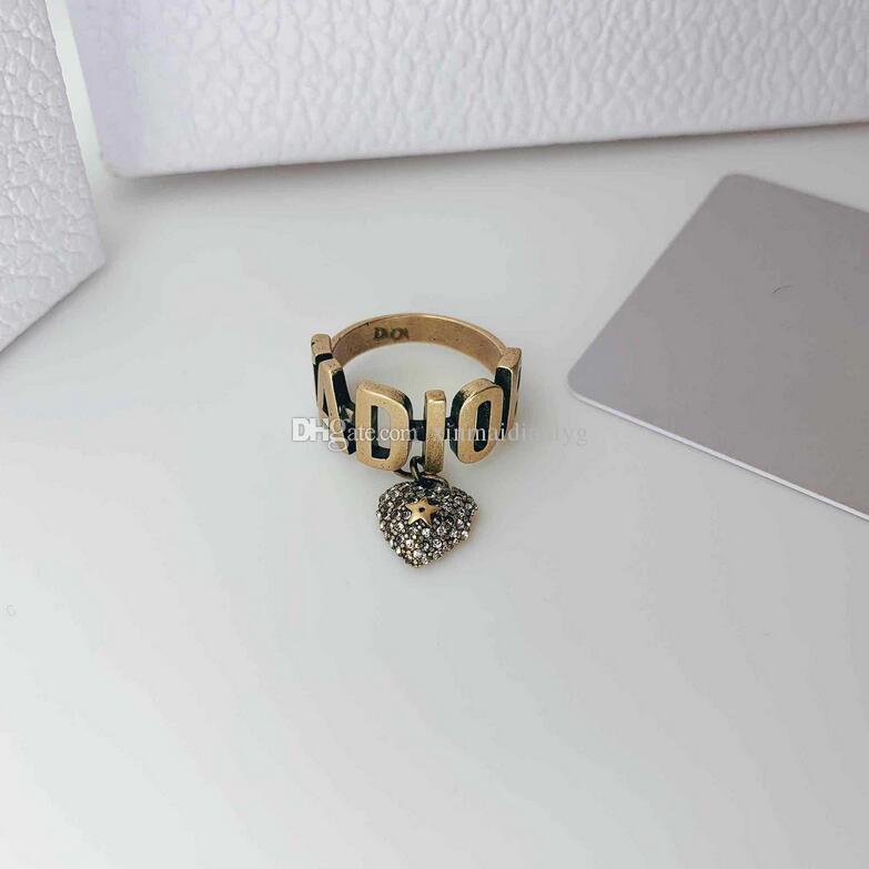 Дамы ретро бутики высокого качества огорчена латунь любовь алмаз инкрустированного алфавита кольцо дикого кольцо кольцо женщина любовь подарок
