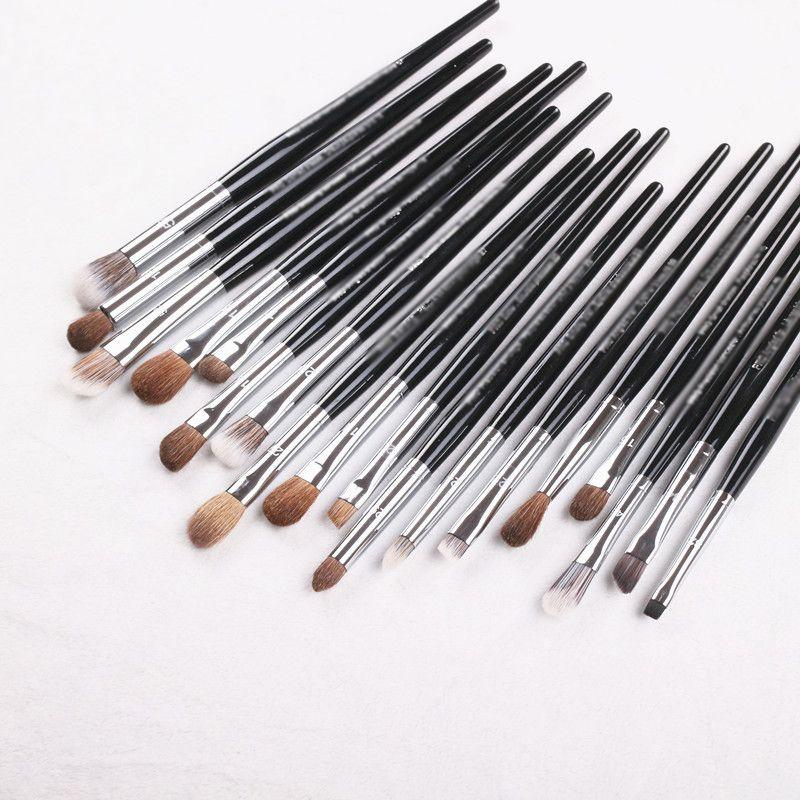 S series Pro makeup brushes big middle small size eye shadow eyebrow concealer highlight eyeliner Lip liner detail Make up brush