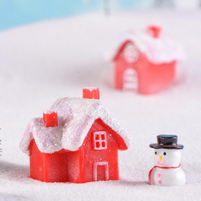 Nouveau Décoration de Noël Petite Maison Unique Résine Maison Neige Nouvel An Garland Craft Décorations de Noël Cadeaux pour la maison