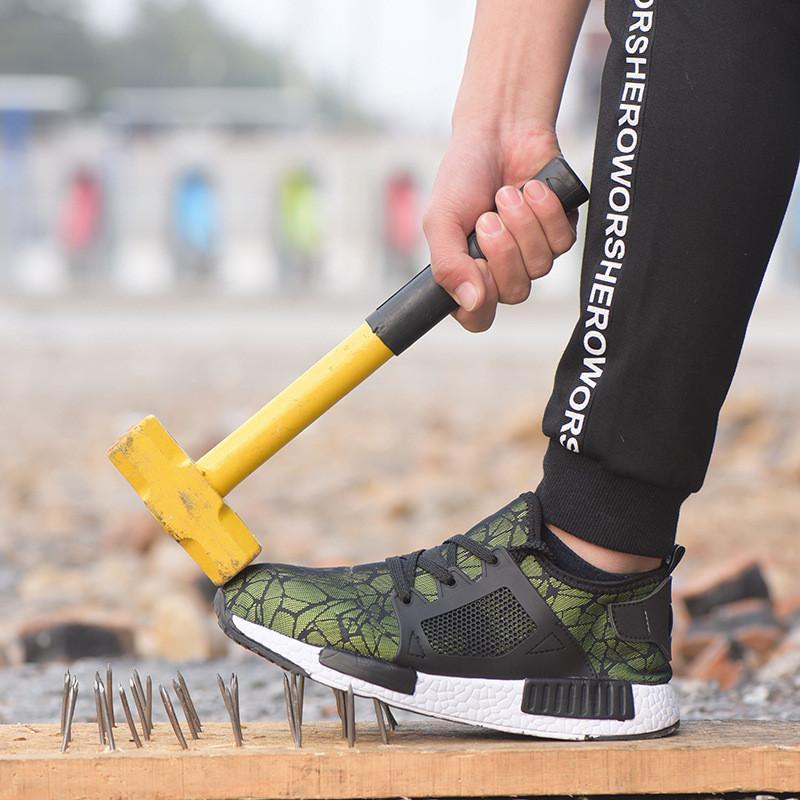 Venta caliente-Zapatillas ligeras Zapatillas de seguridad para hombres Zapatos de trabajo con punta de acero transpirable Malla de verano Anti-pierce Botas de seguridad para la construcción