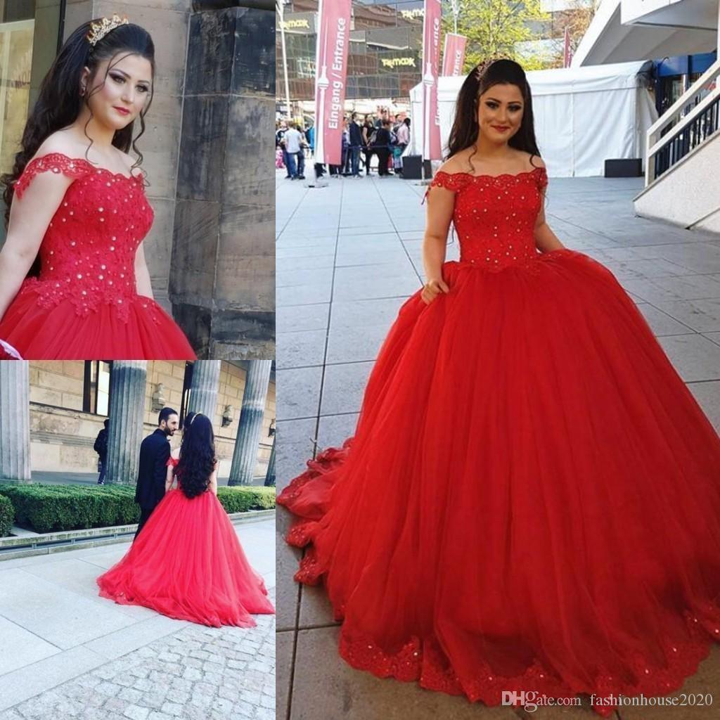 2020 Red Ball Gown Quinceanera Dresses Off Shoulder Lace Appliques Beaded Sweet 16 Sweep Train Plus Size Tulle Party Prom Evening Gowns Wear