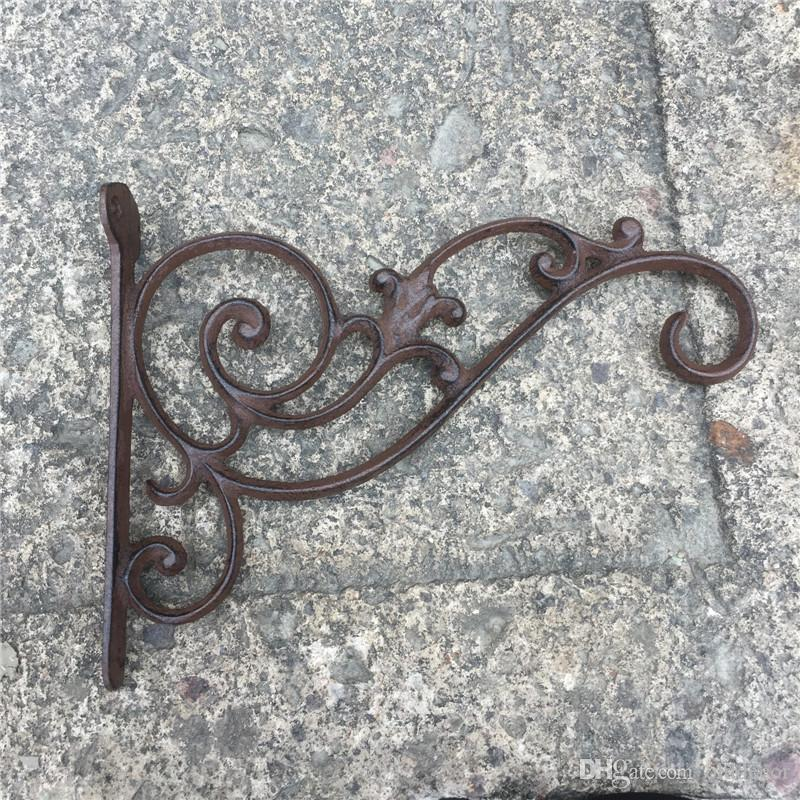 2019 Decorative Wall Hook Wrought Iron Bracket Garden Decorations Used For Hanging Plants Lantern Birdcage Flower Hangers Holder Vintage From