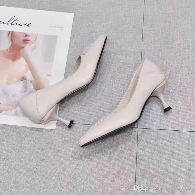 Outono 2019 Novo Tipo de Sapatos de Salto Alto para Mulheres Pequenas de Couro Único