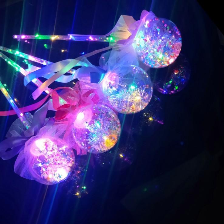 Noel Partisi topu Sihirli Kalp Çubuk Yanıp sönen Oyuncak Işık-up Prenses Wand Peri LED Asası