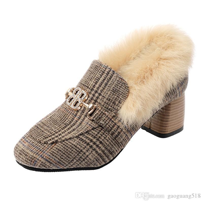 Туфли на высоком каблуке женщины 2019 осень и зима новый ретро квадратных волос обувь плюс бархат толстые с ленивым горохом обувь весна