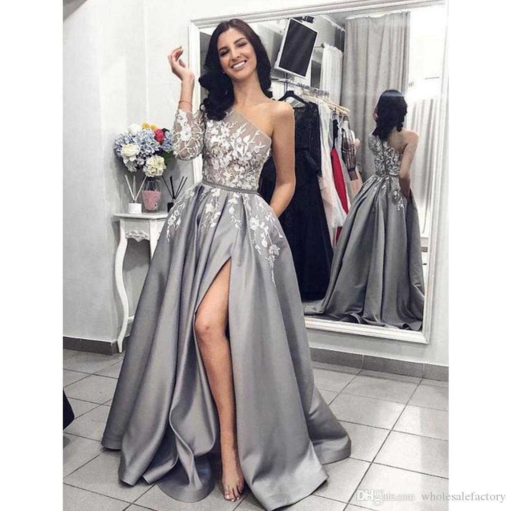 Jedno ramię Satin A Line Prom Dresses Eleganckie Długie Rękawy Wysokie Split Evening Lace Aplikacja Formalna Party Suknia wieczorowa Vestido de Fiesta