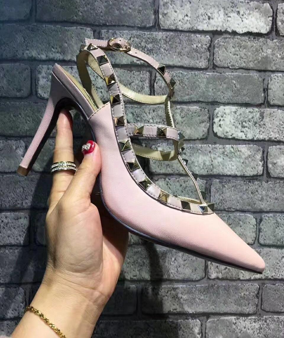 Sıcak Satış-bayan yazlık sandaletler, perçinler, yüksek topuklu ayakkabılar, kadın moda sandalet, Avrupa ve Amerikan markaları ve boyut 34-42 ile yüksek 9.5CM2.