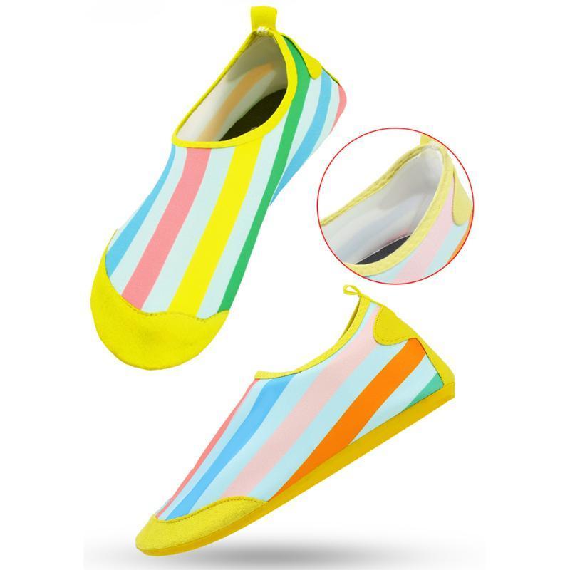Barefoot Shoes Shoes Men verão água mergulho natação Meias antiderrapante Aqua Beach Chinelos de Fitness Sneakers