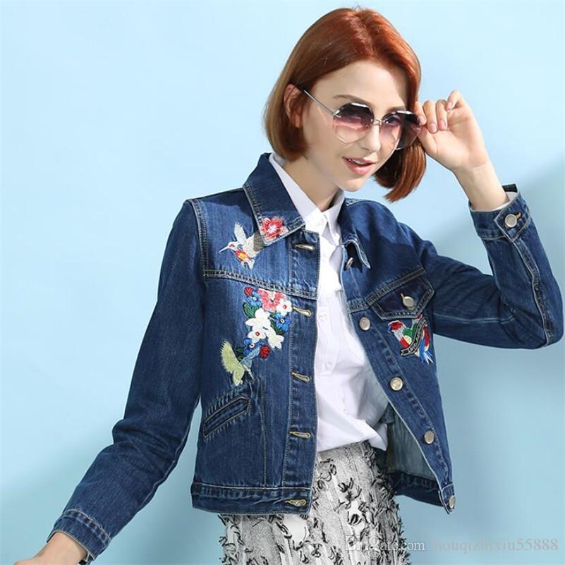 Estilo coreano curto jaqueta jeans casaco 2019 mulheres primavera flor bordados casuais jean bomber jacket outerwear feminino