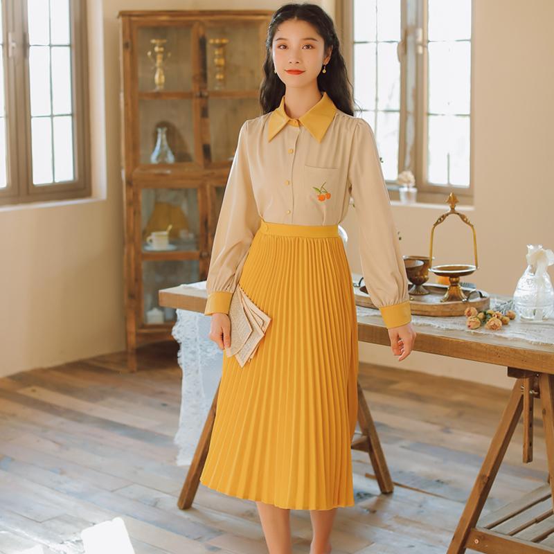 2020 Kadınlar Zarif İki Adet Etek Uzun Kollu Vintage İşlemeli Gömlek + Yüksek Bel Orta uzunlukta Pileli Etekler Suit ayarlar