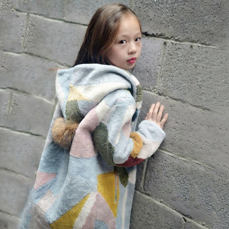 2020 New Fashion Winter Children Girls Real Fur Overcoat Kids Girls Sheep Shearing Fur Cotton Padded Jacket Baby Outwear W196