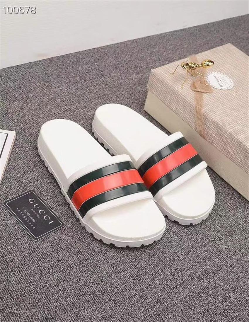 Siyah Beyaz EUR35-46 Terlik Moda Şerit Yaz 2019 Erkekler Ve Kadınlar Için Yeni Stil Eğlence Terlik