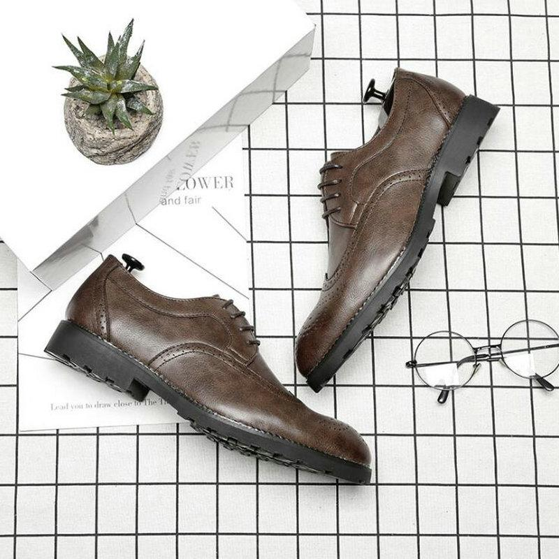 Male Leather Classic Brogue Shoes Flats Oxfords For Wedding Office Business Designer Formal Men Dress Shoes A51-24