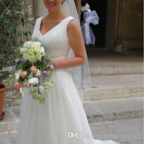 Diseño sexy Vintage Boho más tamaño gasa una línea vestido de novia con corpiño acanalado tren de barrido sin espalda con cuello en V vestido de novia por encargo