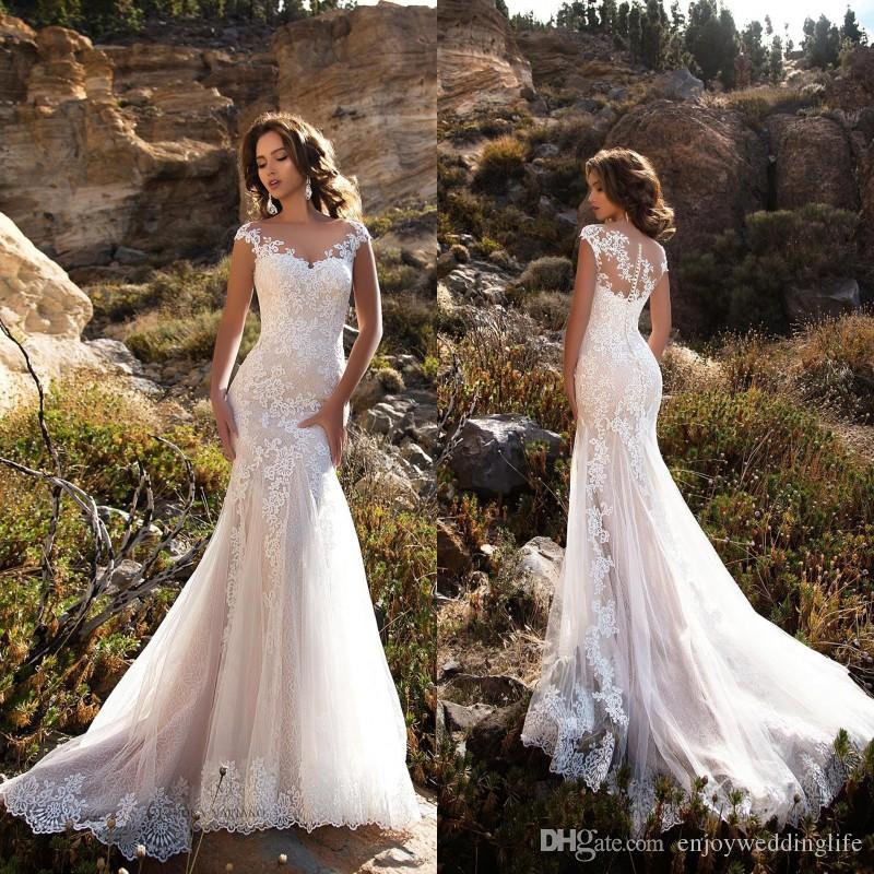 Elegant Lace Mermaid Wedding Dresses Jewel Sheer Neck Cap Sleeves Applique Sweep Train Wedding Bridal Gowns With Buttons BA8413