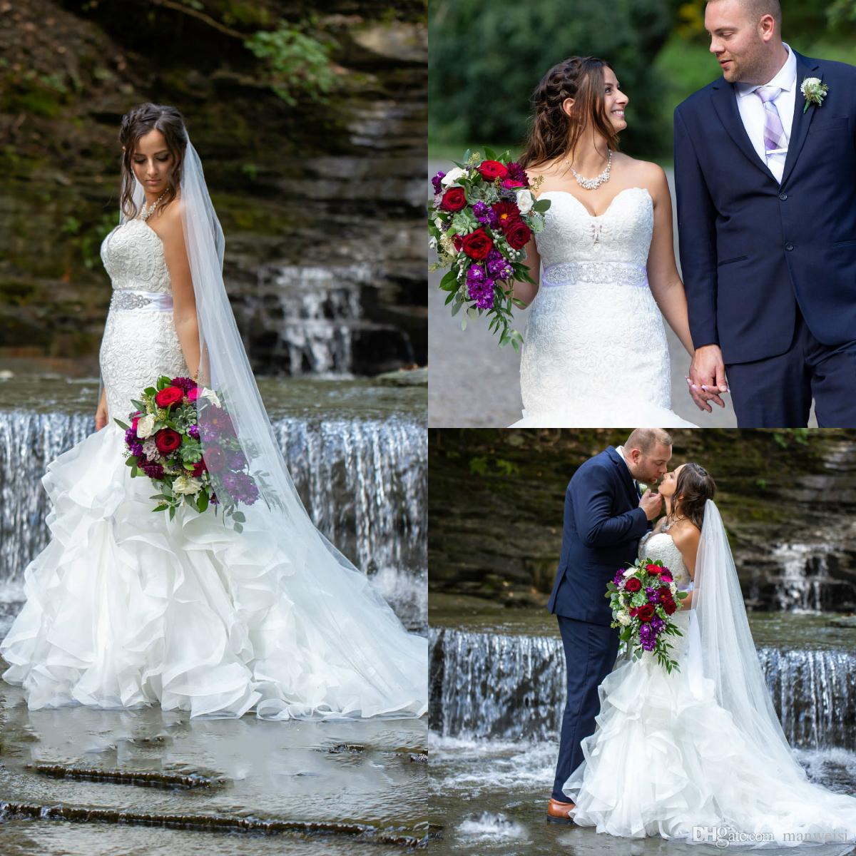 2019 Gorgeous Mermaid Wedding Dresses Tiered Skirts Lace Appliqued Beads Sweetheart Bridal Dresses Plus Size Beach Wedding Gowns