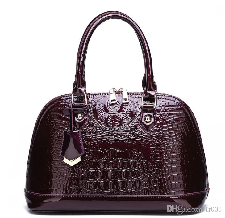 Women's bag patent leather fashion crocodile pattern OL handbag new simple shoulder Messenger ba