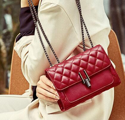 Designer Leder-Handtasche 2020 neue Art-Leder-Schulter-Kurier-Beutel-Handtaschen-Ketten-Diamant-kleine quadratische Tasche