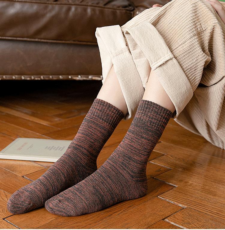 Yüksek Kalite Erkekler Kalın Pamuklu Çorap Yumuşak Rahat 2019 2020 Kış Sıcak Çorap Erkek Spor Casual çorap Boys En İyi Hediye 5 Renk M756F