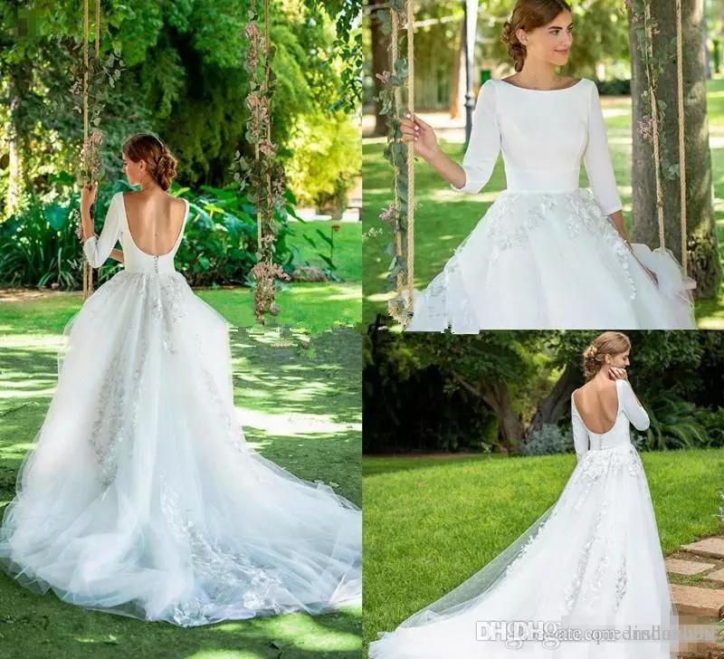 Abiti da sposa country della Boemia dell'annata con manica lunga 2019 Jewel Neck Backless 3D Floral Lace Garden Bridal Wedding Gown