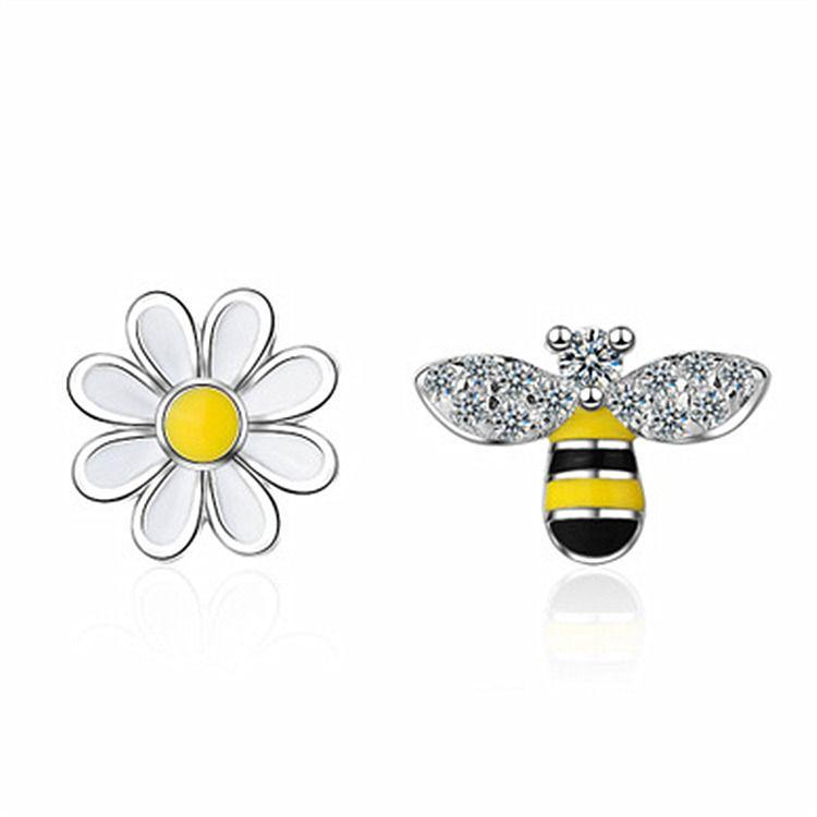 2020 New Fashion Lovely Asymmetric Bee Sun Flower Zircon Crystal Stud Earrings for Women Girl Korean Style Earrings Animal Jewely
