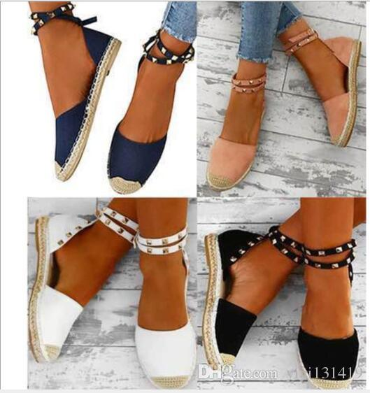Explosion models thick soles side rivets large size sandals Europe and America ladies sandals spot sandals women