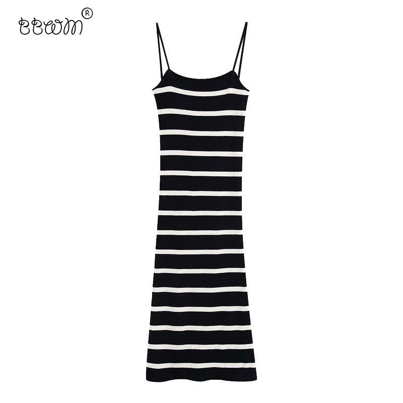 2020 Kadınlar Seksi Moda Sıkı İnce Çizgili Örme Uzun Elbise Vintage Backless sapanlar BODYCON Elbiseler Kadın Şık vestidos