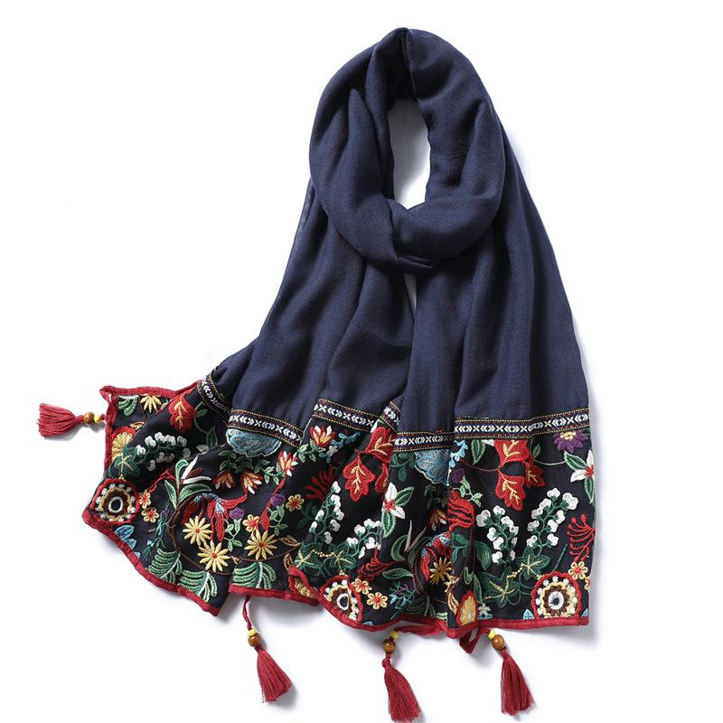 Lace Embroidery Cotton Scarf Women 2019 Vintage Floral Print Shawls and Wraps Solid Tassels Pashmina Lady Foulard Hijab Femme Y200103