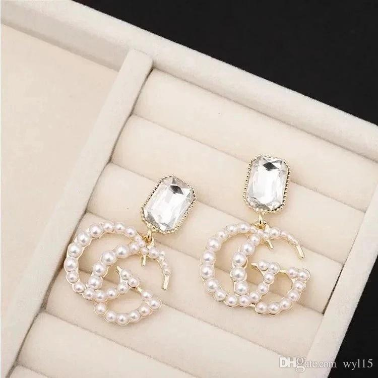 New Designer de luxo Brincos famosa carta Mulheres brincos requintados Charming Luxury Brinco de moda jóias Hot Sale