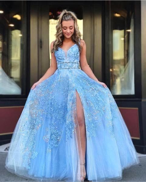 Sky Blue Floral Applikationen Quinceanera Kleider Tiefer V-Ausschnitt Front Split Mädchen Abend Party Kleider Abendgarderobe BC1474