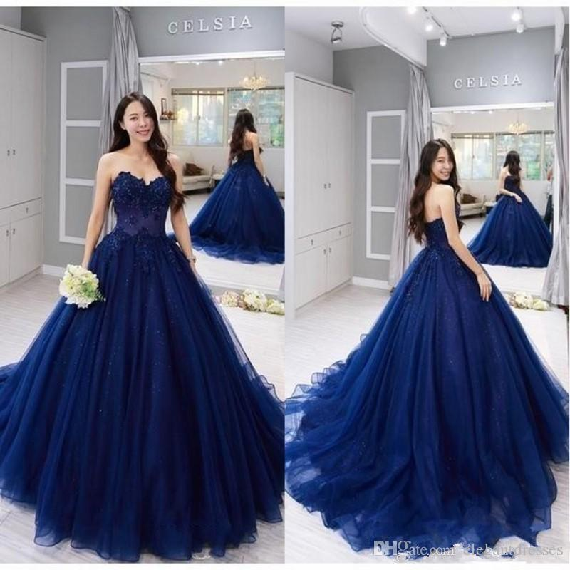 2020 New Strapless Prom Ball Gown Navy Quinceanera Dresses Vintage Lace Applique Ball Gown Formal Sweet 15 Party Dresses