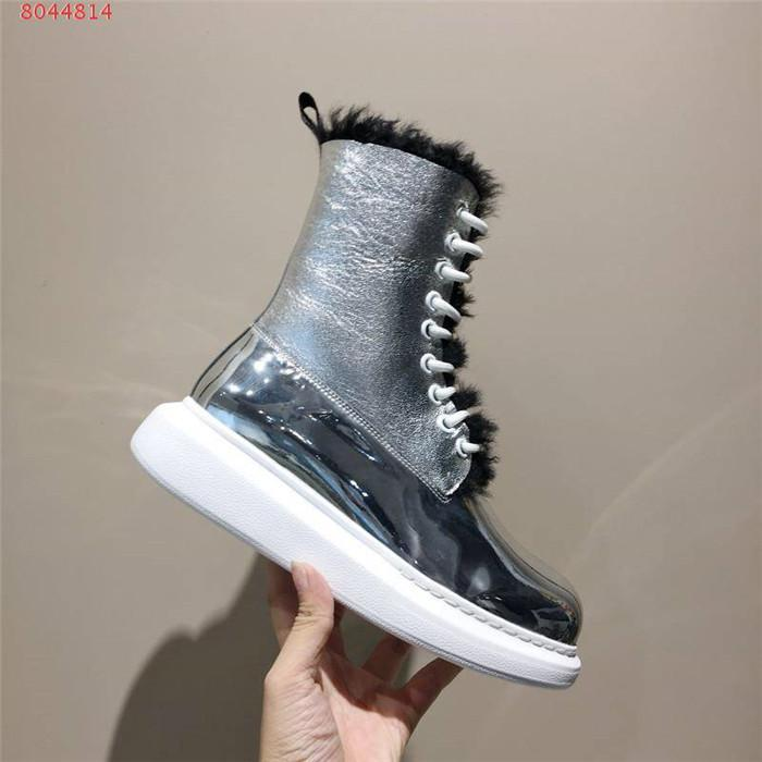 Silver color snow boots waterproof and non-slip Fur and wool one in one thick - soled short cotton shoes velveteen boots Matching Packing