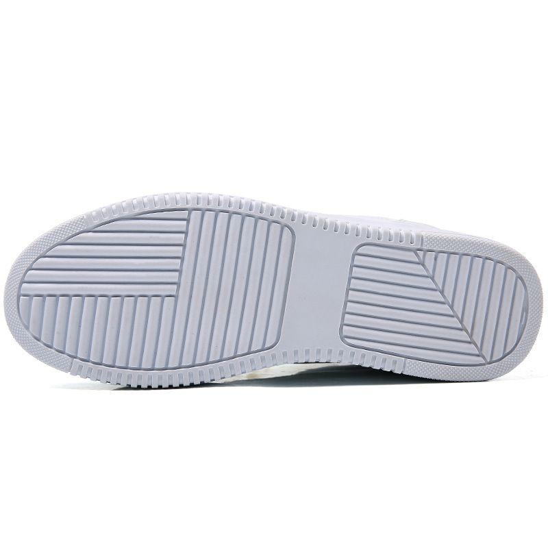 أحذية المرأة نمط جديد رقيقة على الطريقة الكورية عارضة أحذية متعددة الاستخدامات مصعد الأبيض بسيط للتنفس الشباب الطالب أحذية