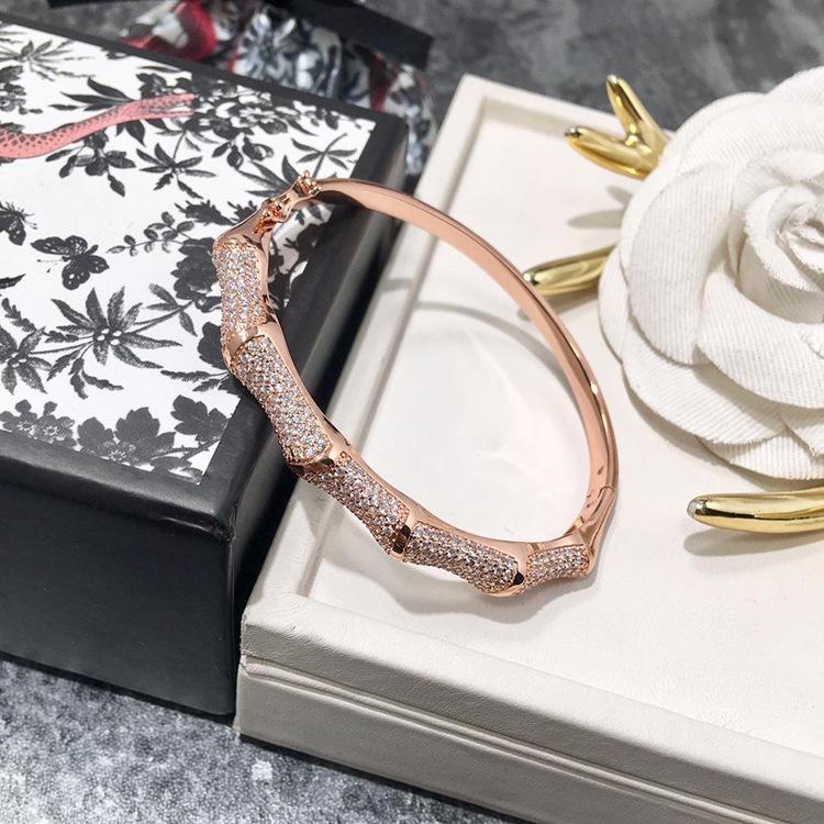سعر المصنع بالجملة حار الأزياء سوار المرأة والمجوهرات سوار أوروبا وأمريكا نصف دائرة الماس كامل سوار الخيزران المجوهرات