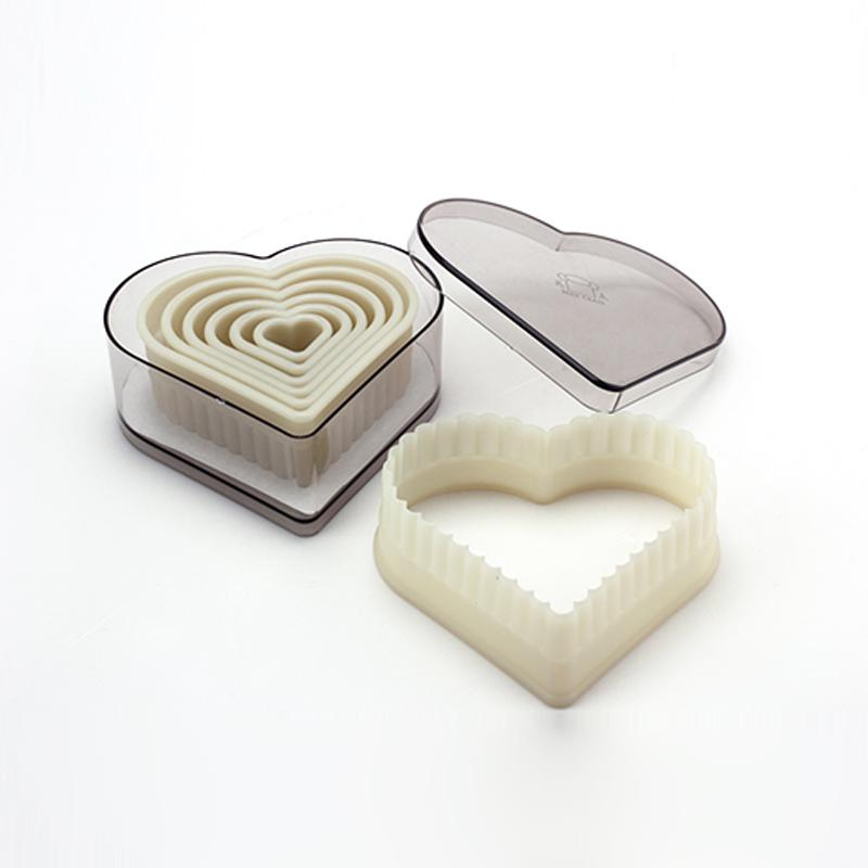 7pcs Heart Shaped / Dentes lisos Nylon Cookie Cutter Biscuit Mold