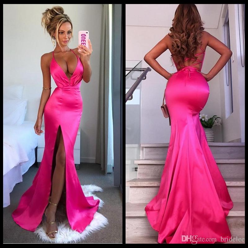 Sexy bretelles spaghetti sirène Fuchsia robes de soirée longue 2020 Arabe côté Slit Croix Bracelet Retour formelle robe de soirée robe de bal