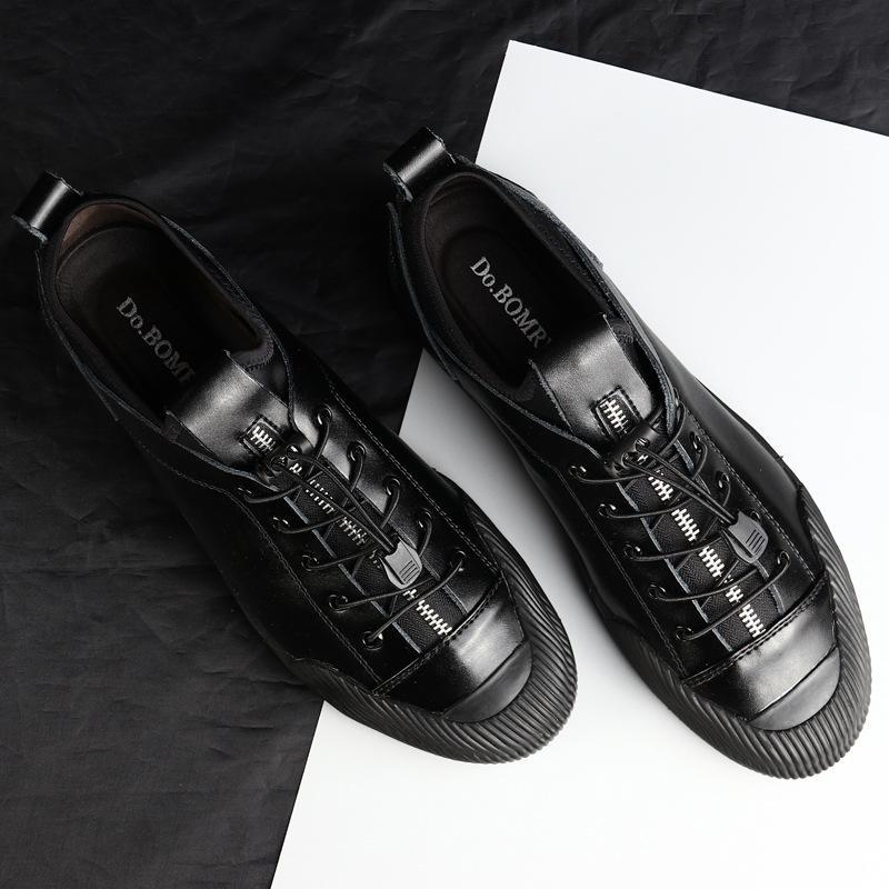 2019 New British Souliers simple d'homme en cuir pour homme style Designer Chaussures Elastic Band Mocassins Hommes Mocassins Chaussures Noir Argent