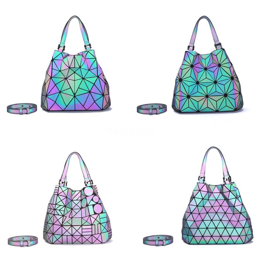 2020 Luxus-Designer-Handtaschen Berühmt Marke Schultertasche Geometrische Clutch gute Qualität Pu Luminous für Frauen Schultertasche # 453