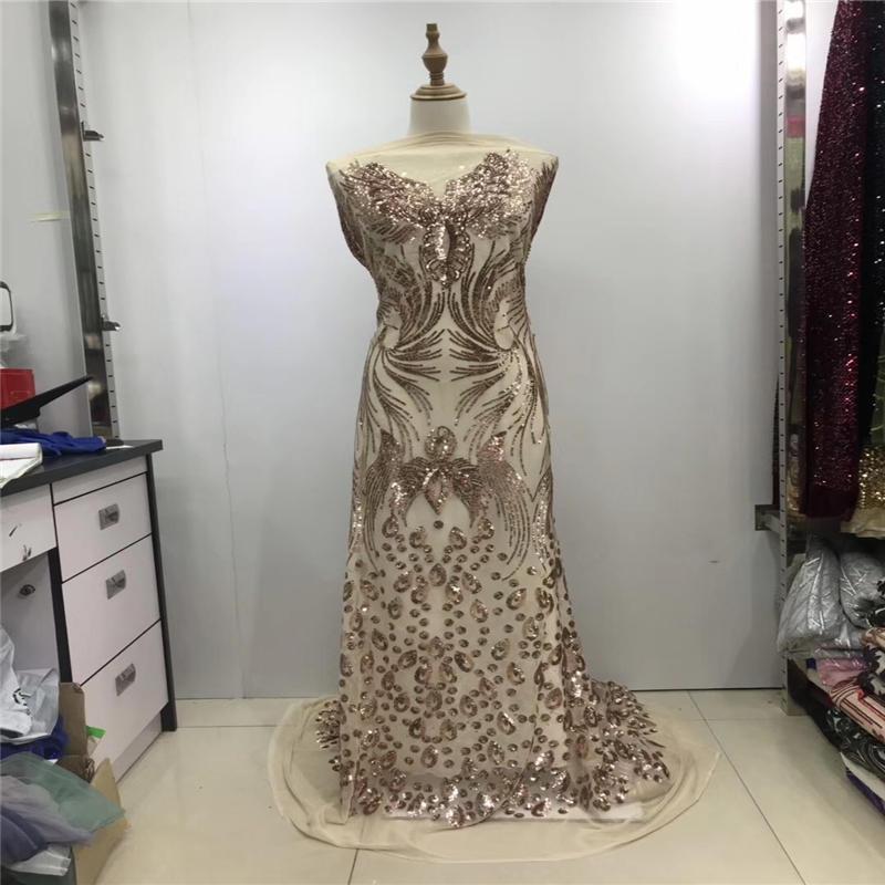2019 Yeni Moda! Altın Sequins Mesh Net Dantel Kumaş Afrika İsviçre Vual Balo Abiye Dantel Nakış Hindistan Sequins Kumaş