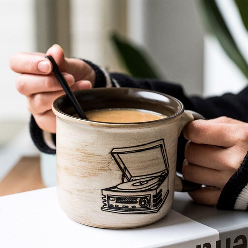 Creativo retro de la cámara Cerámica Tazas fonógrafo Teléfono Televisor taza Copas Oficina desayuno café con leche para el amigo regalo de la taza