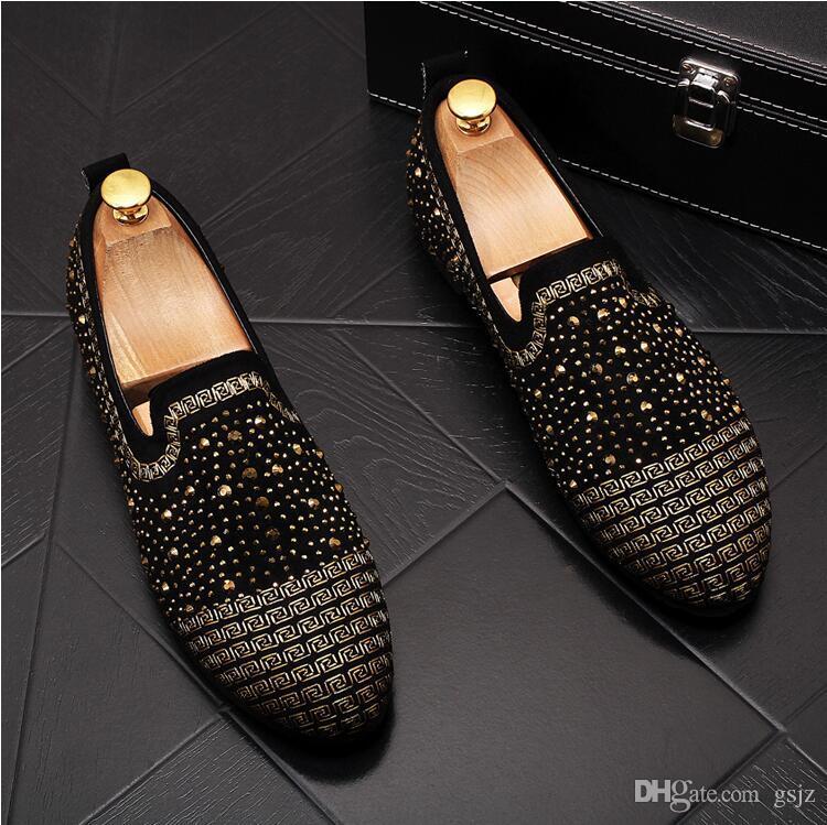 Nuovi uomini d'affari mocassini oro blu diamante strass mocassini a spillo rivetti da uomo scarpe festa di nozze scarpe da guida J111
