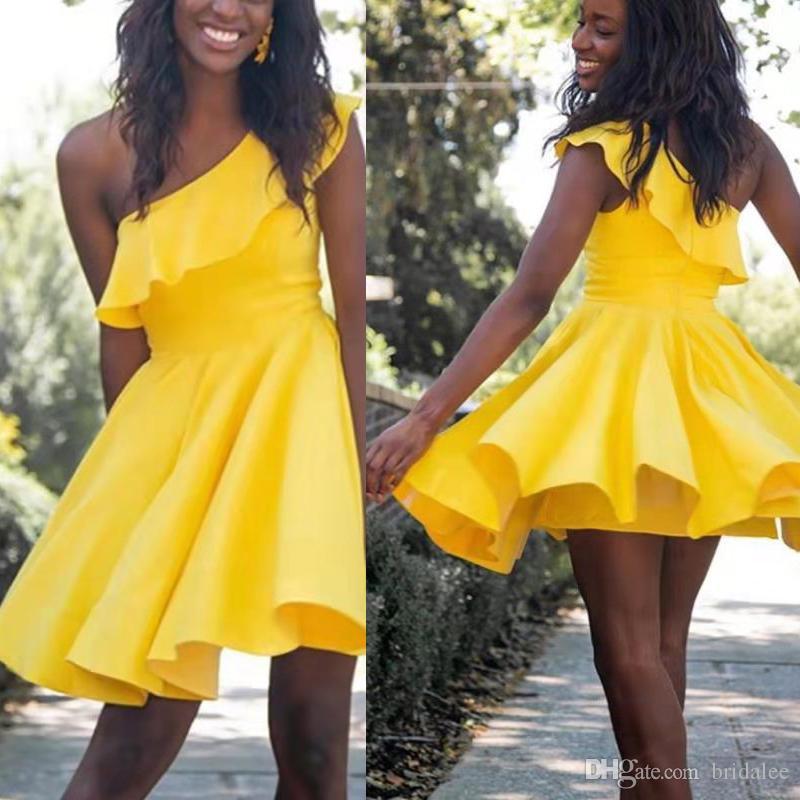 Hot Acessível Cetim Um Ombro A Linha Mini Comprimento Vestidos de boas vindas Vestidos de Coquetel Vestidos de Moda Feminina para Menina