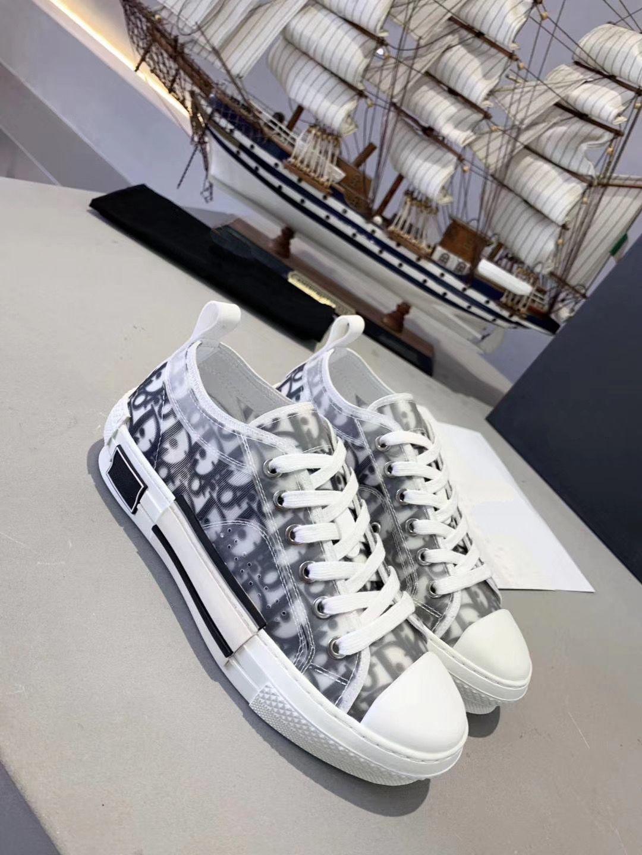 2020 Frauen der Männer Freizeitschuhe Schöne Plattform Vintage-Sneakers Luxus-Designer-Schuh-Leder Volltonfarben Trainer nmkj02oUYD